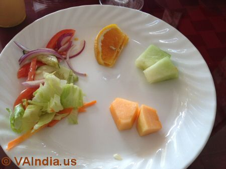 Charminar Ashburn Salad & Fruits © VAIndia.us